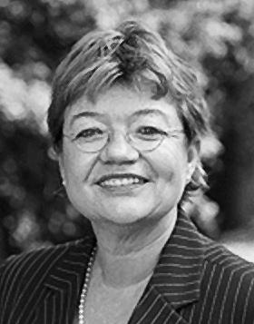 Monika Beschoner, Assistentin der Geschäftsführung, RIAG Beteiligungs GmbH in Bad Honnef
