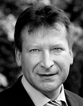 Wladimir Safoschnik, Geschäftsführer der RIAG Beteiligungs GmbH in Bad Honnef
